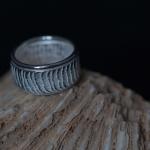 1e gehalte zilver_sterling zilver_925 zilver_ ring_ossa sepia_gieten_structuur_glad_gladde _rand_band_ronddraad_gousdmid_edelsmid_ Breda_sieraden_handgemaakt